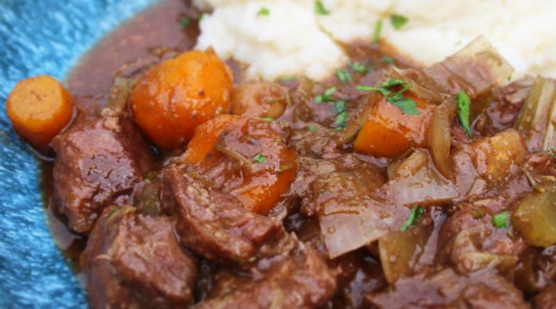 slow cooker beef stew with cauliflower mash
