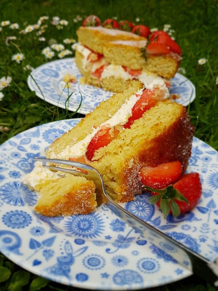 low carb sugar free Victoria Sponge