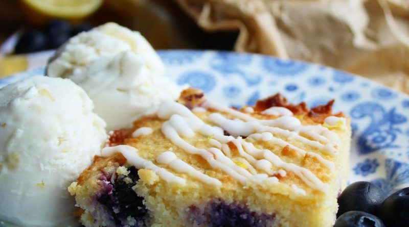 Blueberry and Lemon Traybake