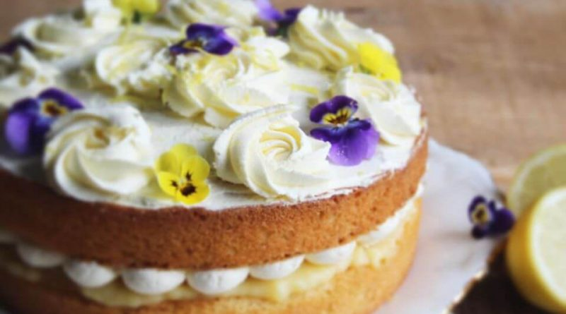 Lemon Curd Cake with edible flowers