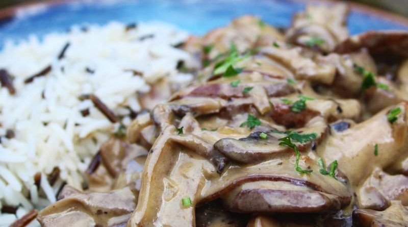 mushroom stroganoff with basmati and wild rice
