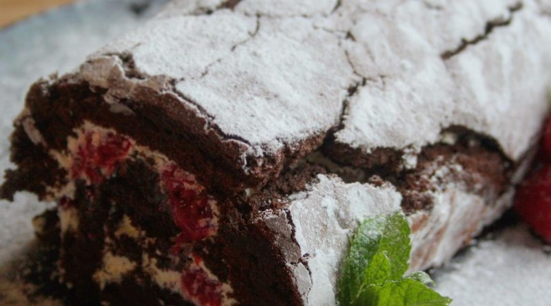 flour free chocolate roulade