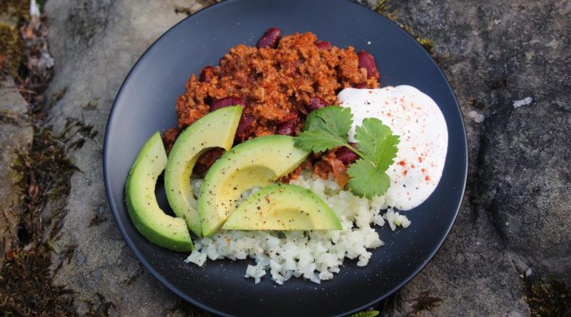 chilli con carne with avocado and cauliflower rice
