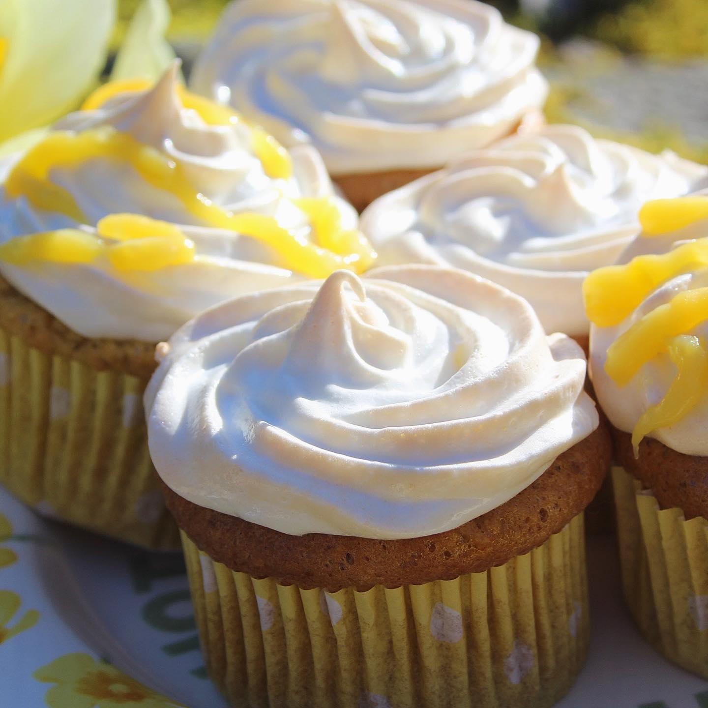 low carb lemon meringue cupcakes