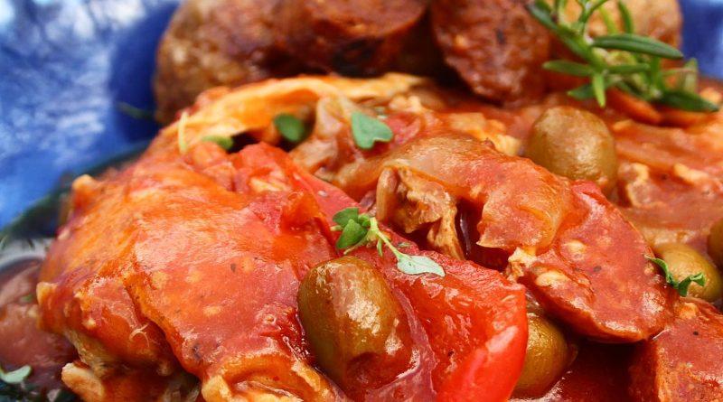 Slow Cooker Spanish Chicken