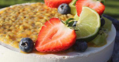Low-Carb Vegan Tropical Cheesecake